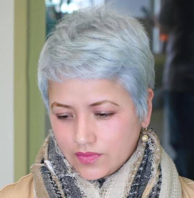4-short-gray-pixie