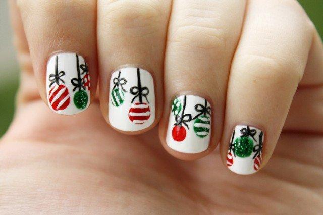 Christmas-nails-640x426