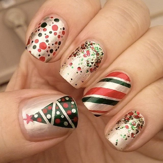 green-and-red-christmas-nails-by-swtandsxy8