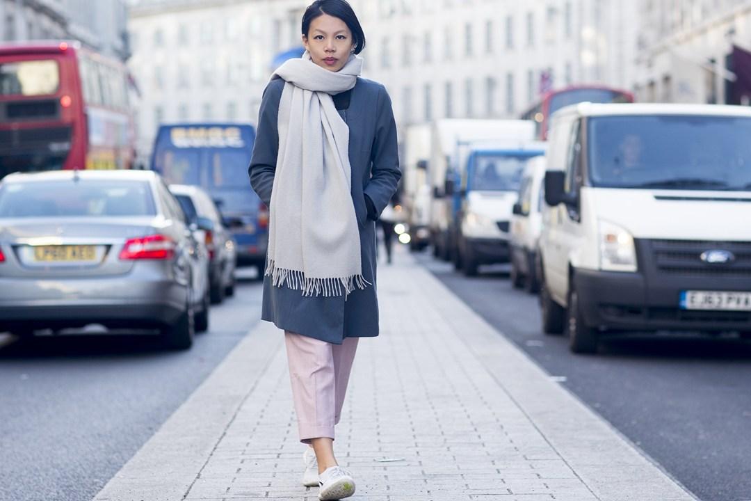Elizabeth Lee 2 Vogue-22Dec14-Dvora_b_1080x720