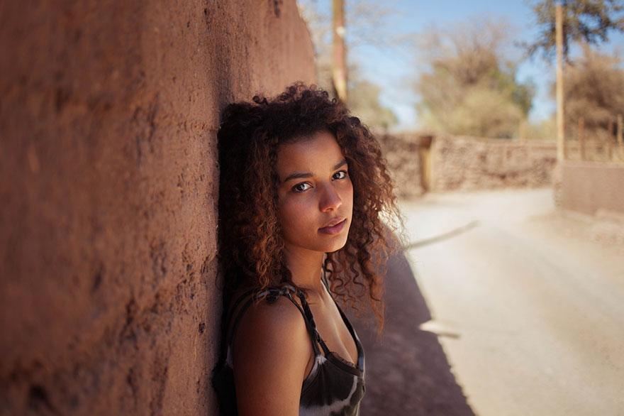 different-countries-women-portrait-photography-michaela-noroc-10-Venezuela-San-Pedro-de-Atacama-Chile