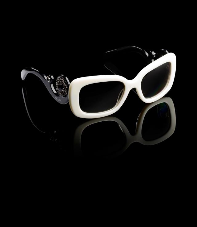 очки-Prada