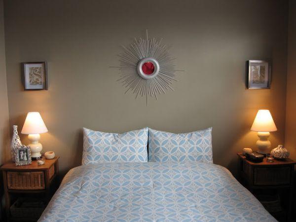DIY-sunburst-mirror-in-the-bedroom