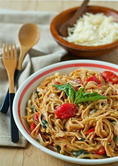 one-pot-tomato-basil-pasta