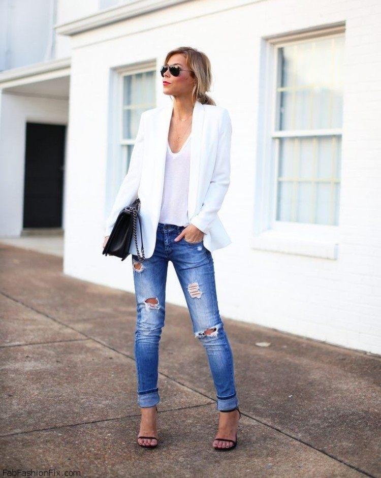 zerrissene-jeans-outfit-alltag-weisser-sakko-sandalen-e1428307449634