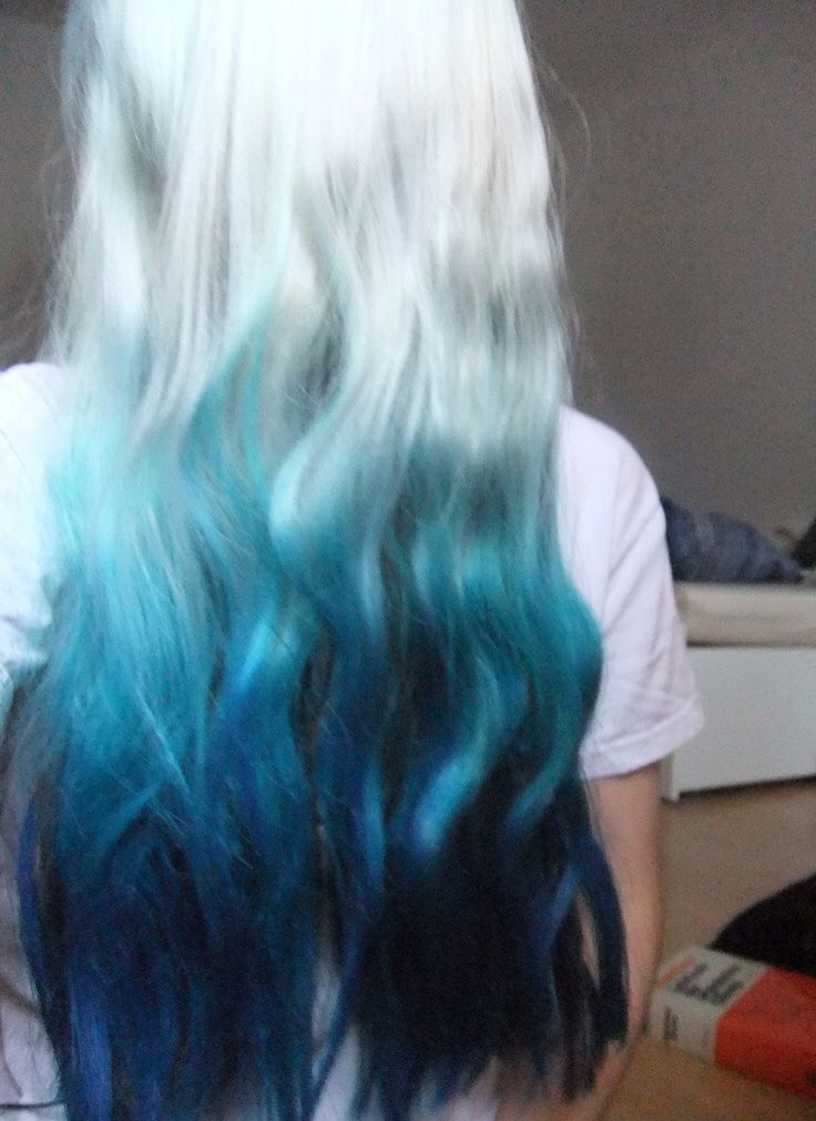 Turquoise-Ombre-Hair-Color-Idea
