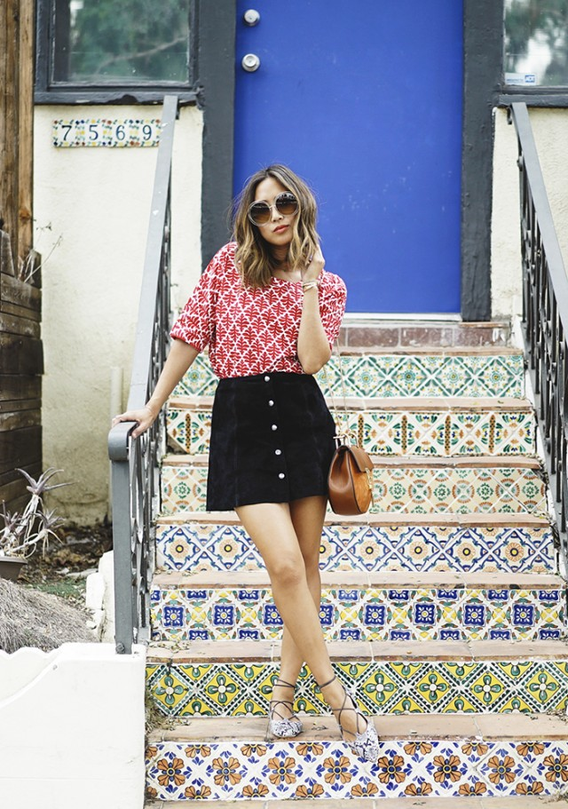 aimee_song_of_style_madewell_printed_top_topshop_button_down_suede_skirt_topshop_pointed_lace_up_flats-640x911