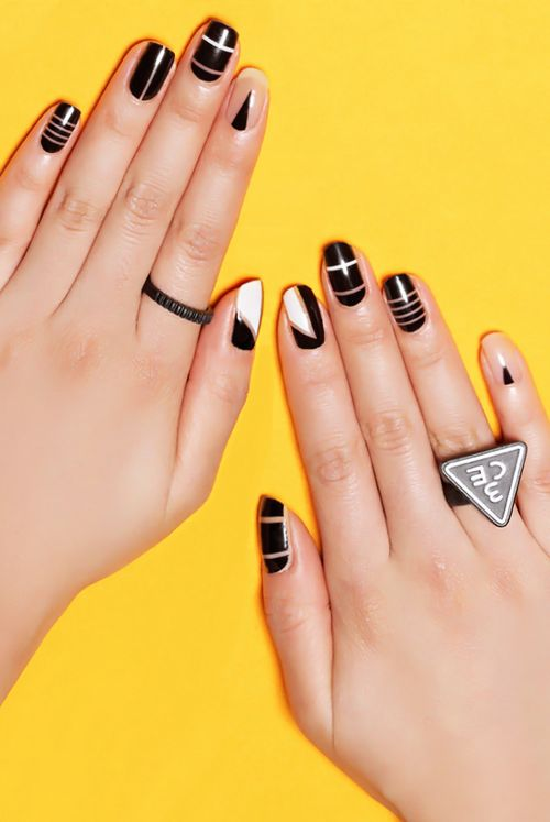 negative-space-nails-black-and-white