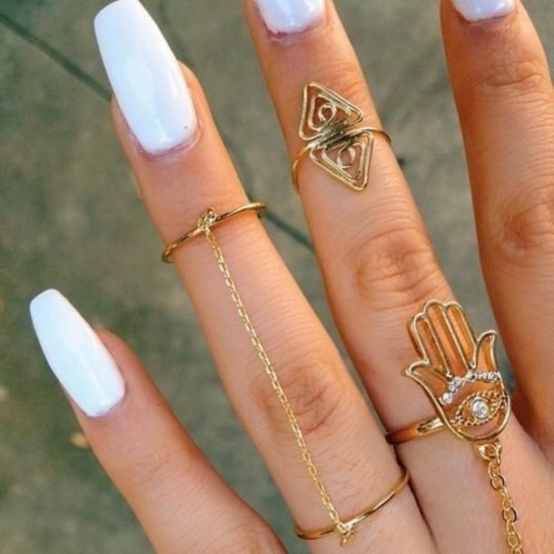 white-nail-design