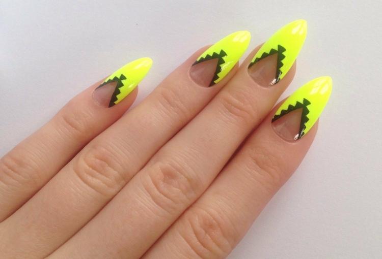 Дизайн ногтей с желтым лаком