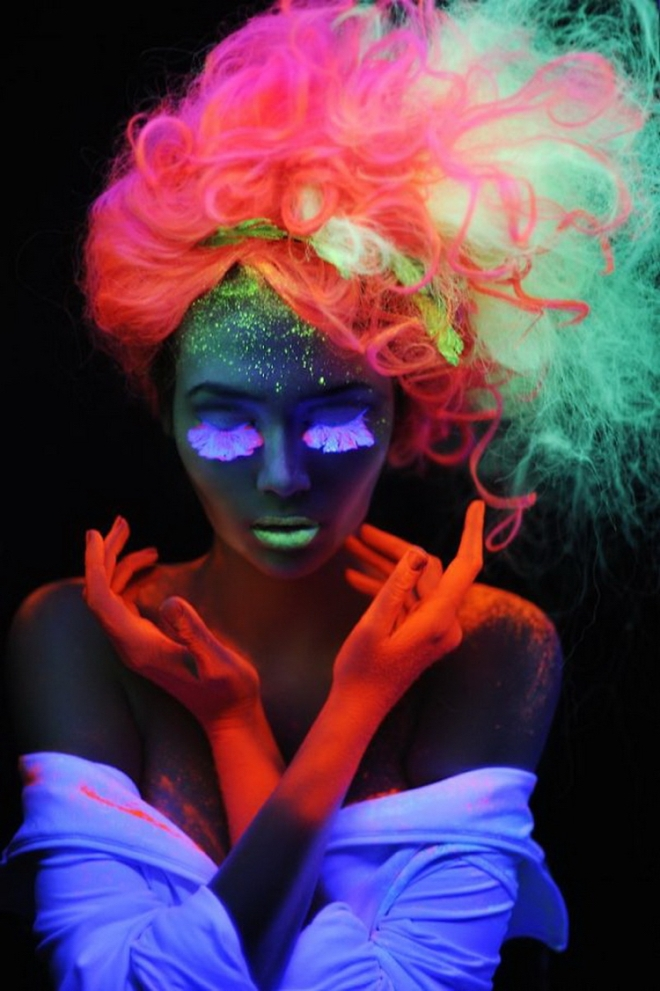 trends-neon--party-styling-make-up-street-mode54