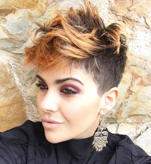 6-short-choppy-hairstyle-with-light-copper-balayage
