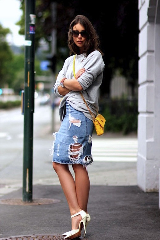 Le-Fashion-Blog-7-Ways-To-Style-A-Distressed-Denim-Skirt-