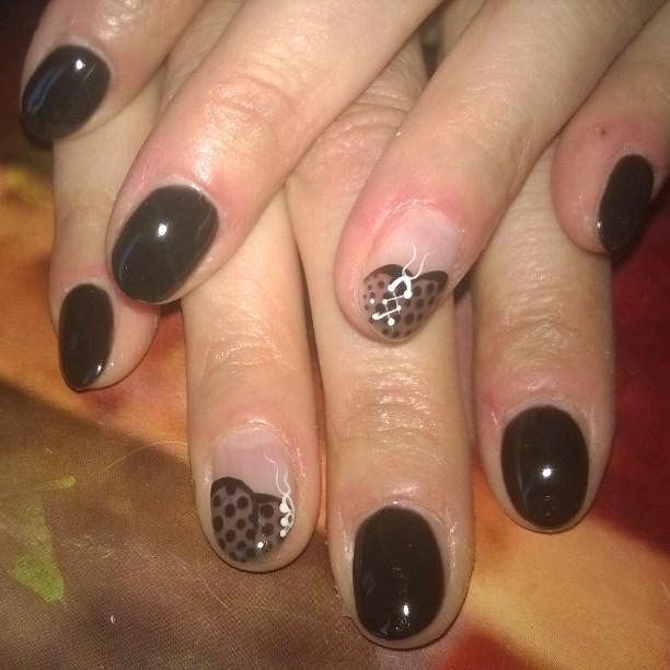 dark-manicure-1