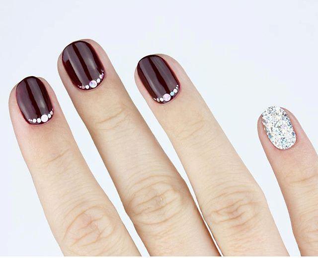 dark-manicure-765407