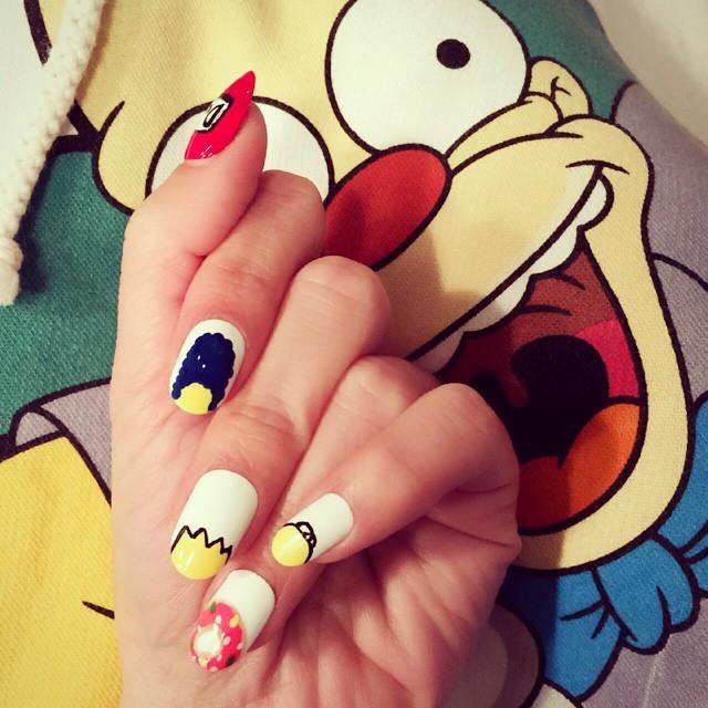 nail-polish-tricks-212
