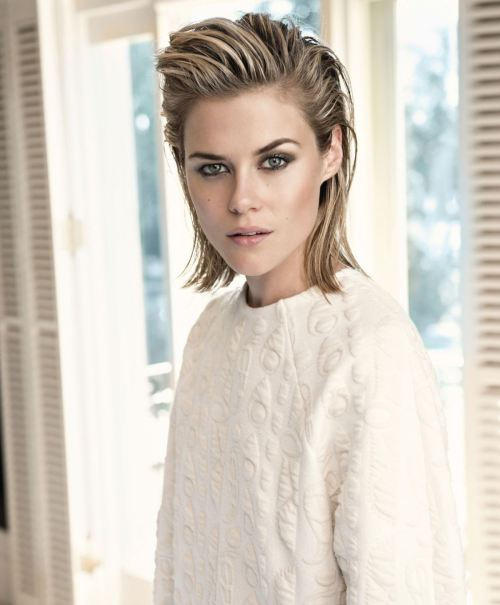rachael-taylor-in-instyle-magazine-australia-august-2014-issue_2