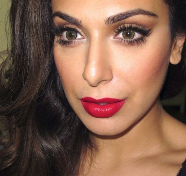 25-glamorous-makeup-ideas-with-red-lipstick-20-620x585
