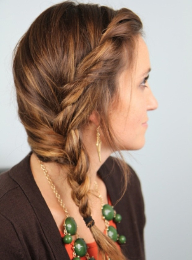 3-messy-twist-side-braid