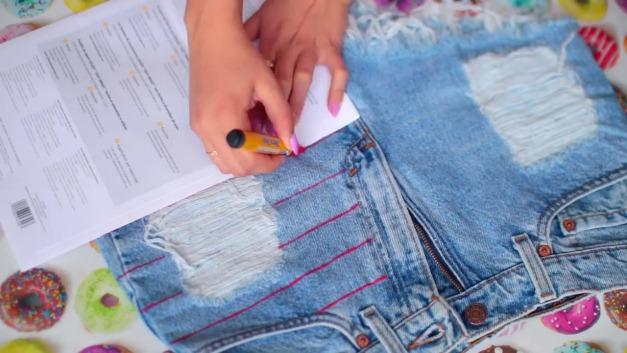 DIY-Tumblr-Denim-Shorts-2
