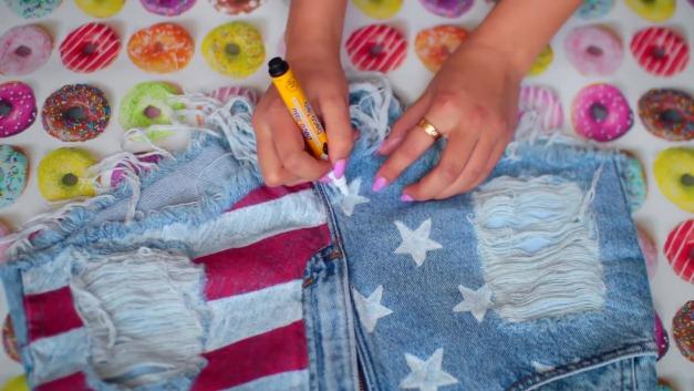 DIY-Tumblr-Denim-Shorts-5