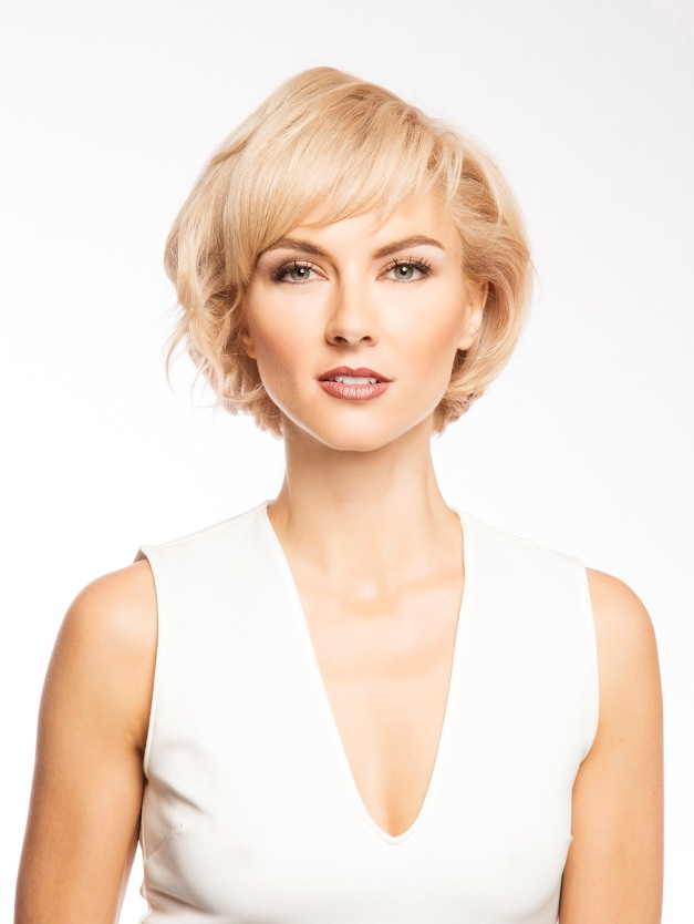 Short-Hairstyle-with-Fringe-and-Volume