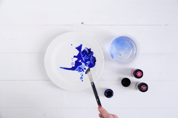 DIY-Watercolour-Plates-tutorial-7