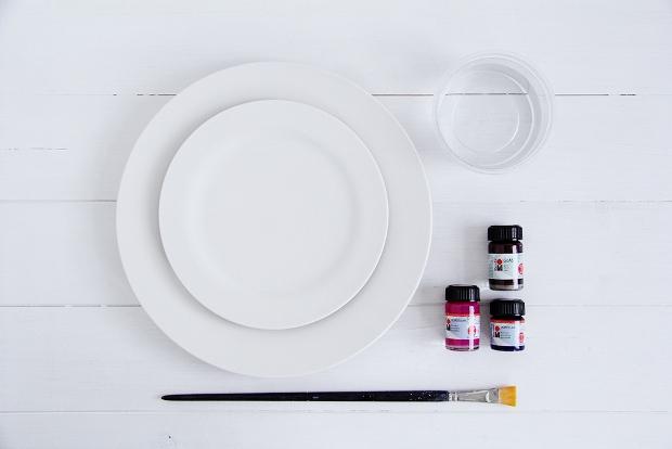 DIY-Watercolour-Tablewear-2