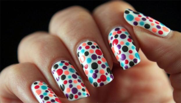 Dotting-Manicure