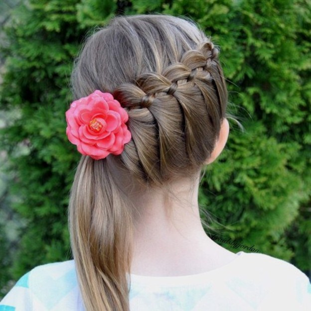 diagonal-braid-and-side-pony-hairstyle-for-girls