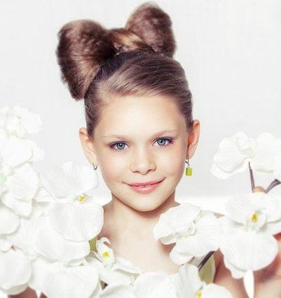 бант из волос для девочки