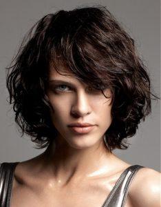 боб на волнистые волосы