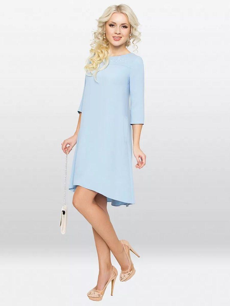 Свободного кроя платье