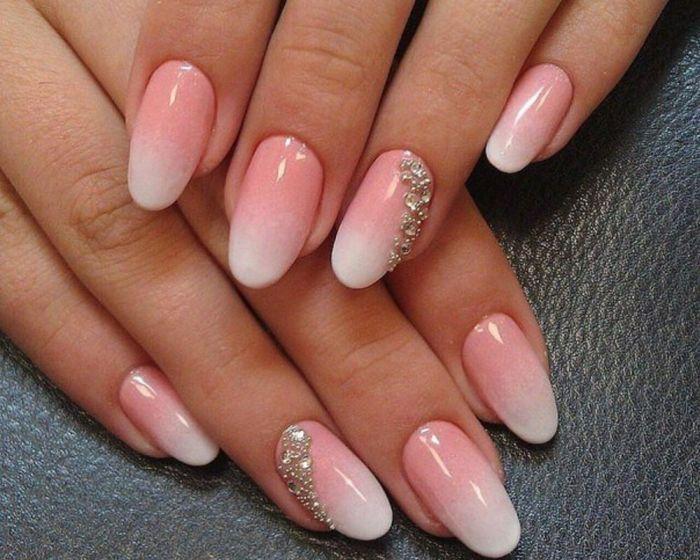 дизайн ногтей на короткие ногти овальной формы фото
