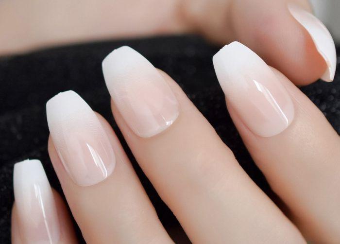 овально-квадратные ногти дизайн 2021