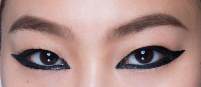 вид стрелок с узким разрезом глаз