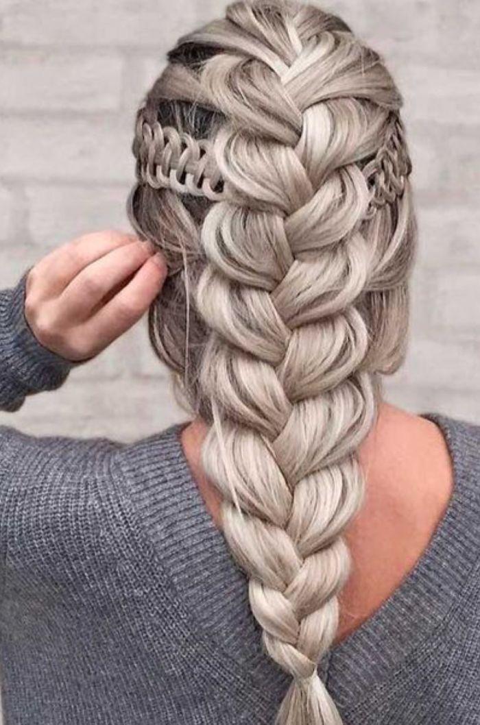 прическа с косами стильная