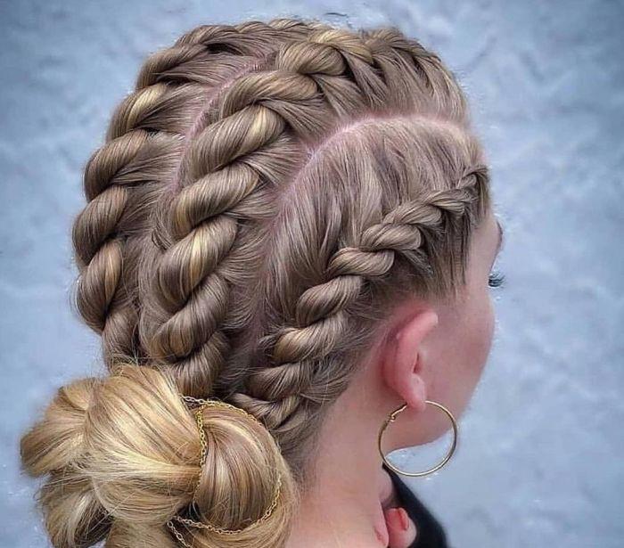 причёски с косами в виде жгута
